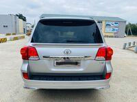 Toyota Land Cruiser, 2013