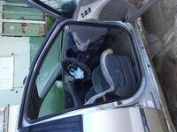 Nissan Tino, 1998