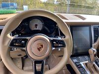 Porsche Macan, 2015