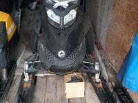 BRP Ski-Doo Summit X 154 800R E-Tec, 2011