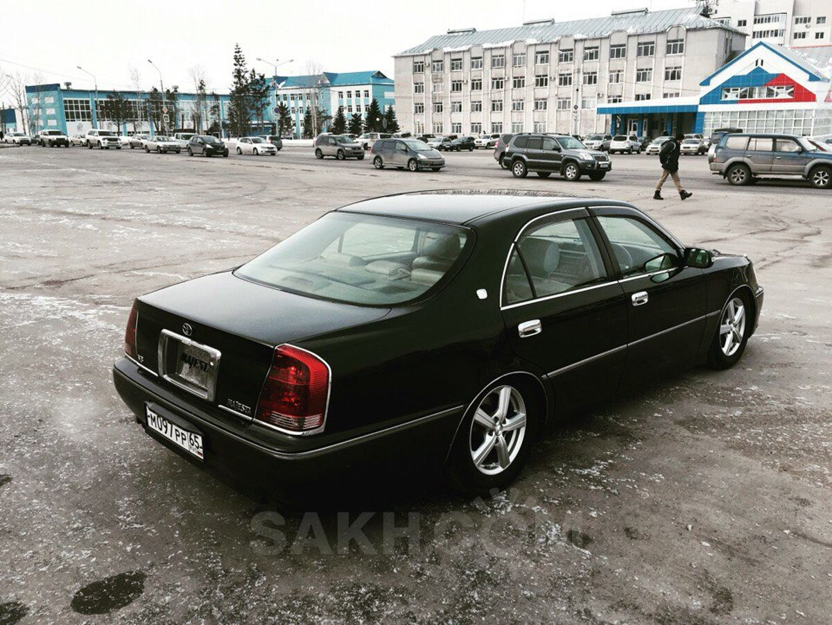 Toyota Crown Majesta 2001 Specifications & Features ...